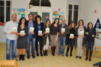 """Il gruppo di """"lavoro"""" con le insegnanti la dirigente il direttore del carcere di Grogona e il veterinario"""